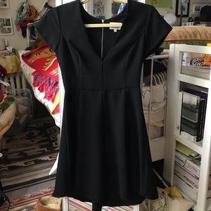 Wilfred Aritzia Focault Dress size 0